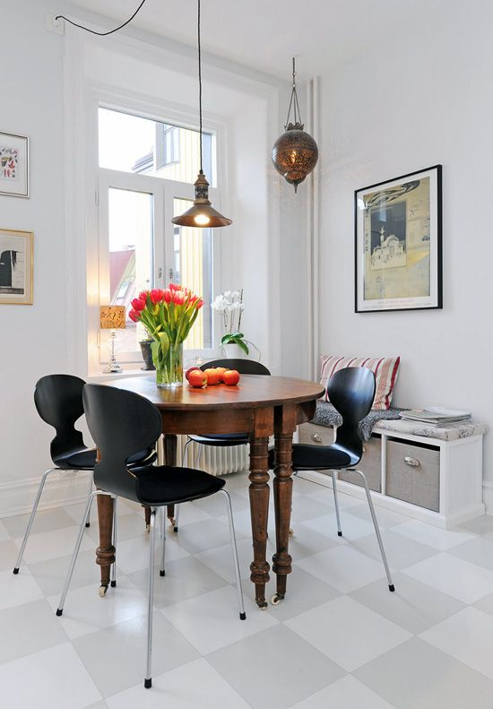 modern chairs with classic table. rent-direct - no fee