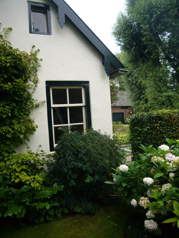 Dutch garden shed, in Bommelerwaard