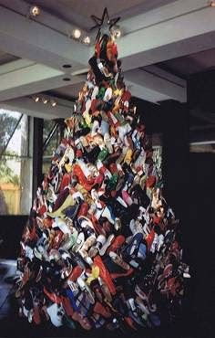 lots of shoes~ christmas tree