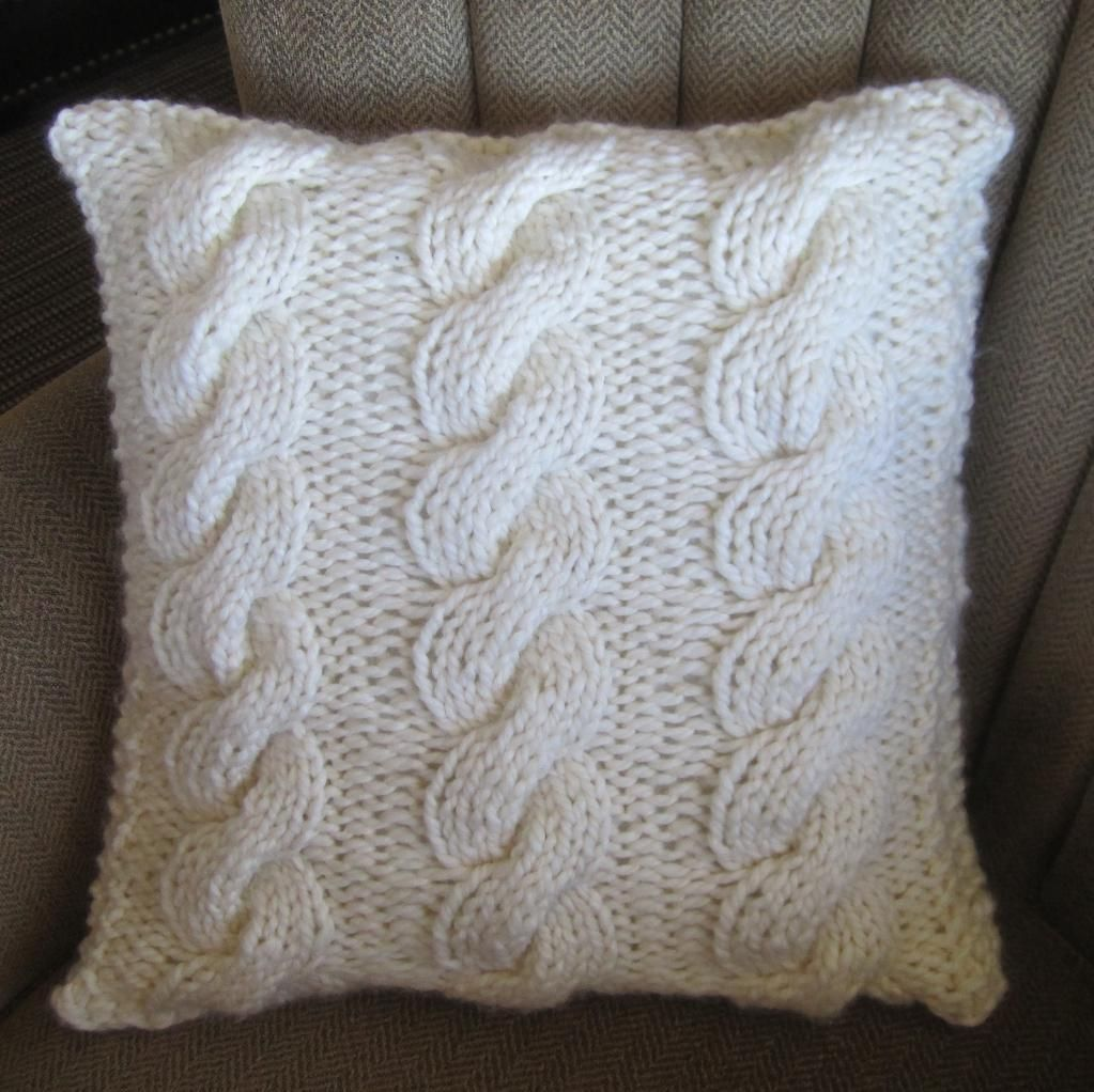 Super Chunky Cable 18x18 Pillow Cover   Cable, Cards and Patterns