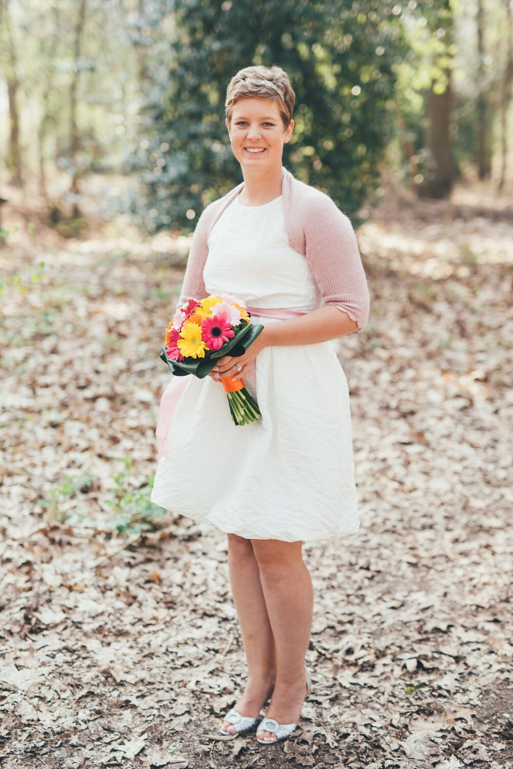 A short wedding dress + blush cardigan for an indie spring wedding | itakeyou.co.uk #wedding #springwedding #indiewedding #shortweddingdress #weddingdresses #weddingdress
