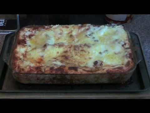Gordon S Classic Lasagne Al Forno By Gordon Ramsay Beef Lasagne Recipes Gordon Ramsay Recipe