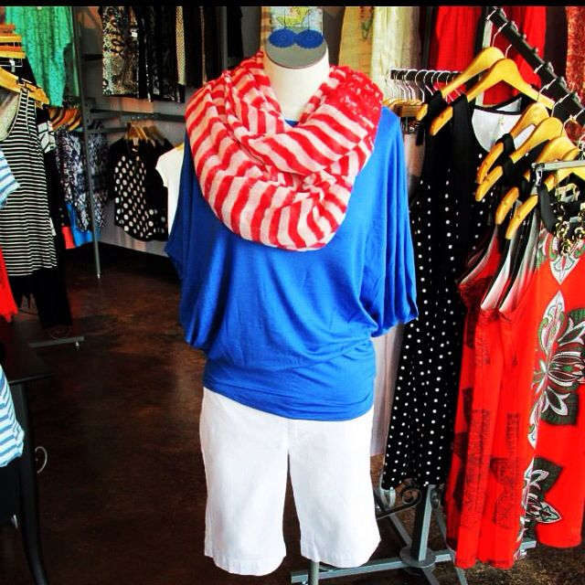 Perfect outfit for your 4th of July plans. www.facebook.com/mainstreamboutiquethewoodlandstx