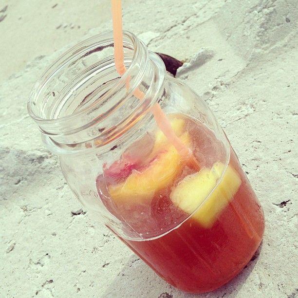 #Homemade #twistedtea in a #masonjar #summercocktail #cocktails #drinkideas #drinks #beverages #dranks #fruit #fruitydrink #fruitydrinks