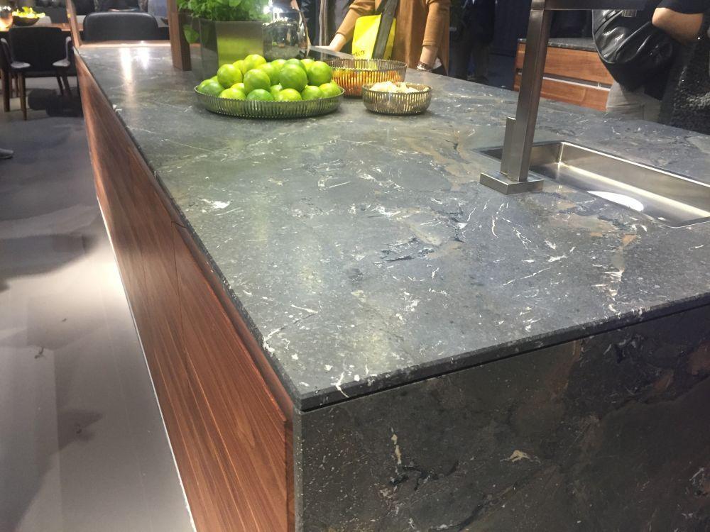 Granit Arbeitsplatten Eine Beliebte Kuche Wahl Mit Bildern Granit Arbeitsplatte Quarzstein Arbeitsplatte Arbeitsplatte