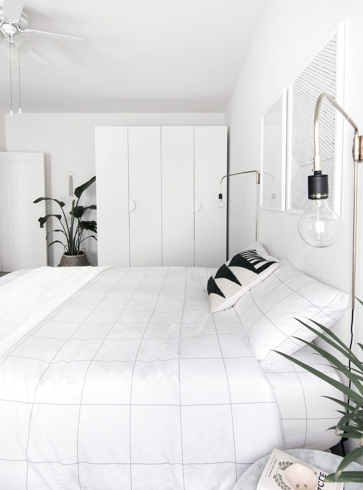 Minimalist Bedroom Decorating Styles Decor Around The World Modern Minimalist Bedroom Bedroom Design Trends Minimalist Bedroom Design