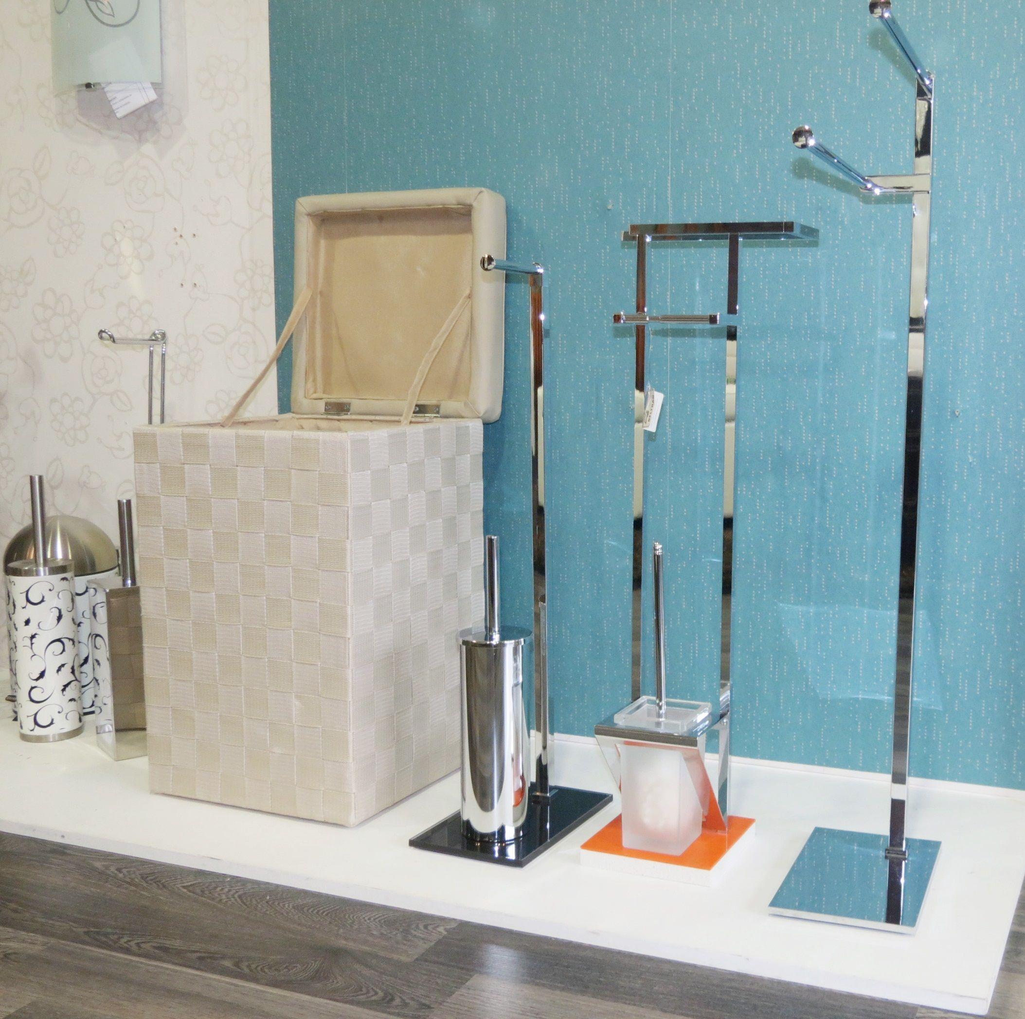Accesorios para el cuarto de baño!! :-) Toalleros, cestas para la ...