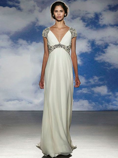 Vestido de novia corte imperio escote profundo en V manga sisa con ...