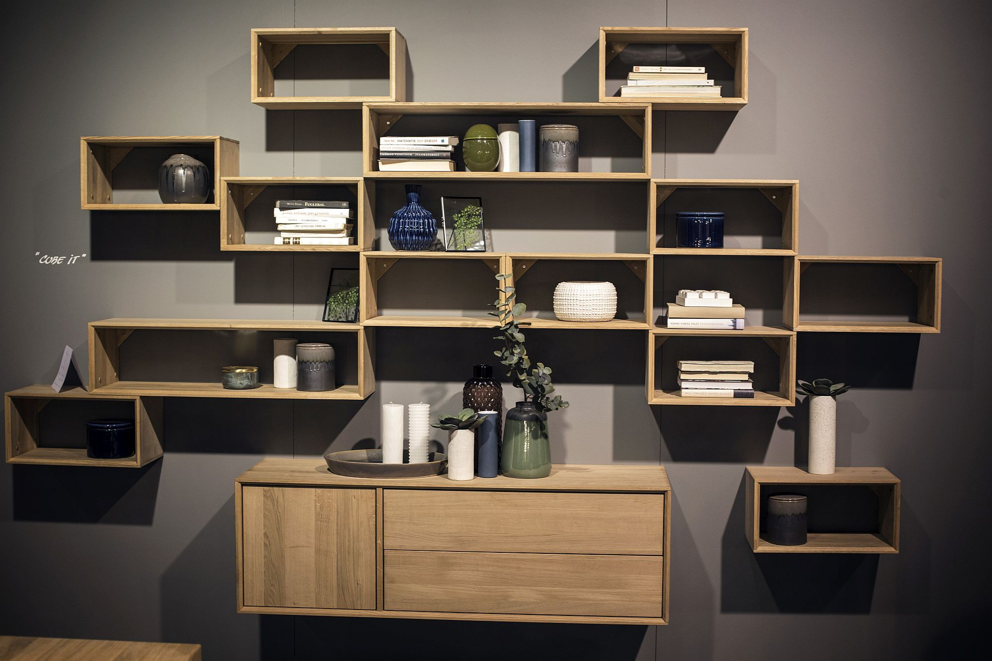 55 Wall Mounted Open Shelves Offering Space Savvy Modularity Wall Shelving Units Decorating Shelves Shelves