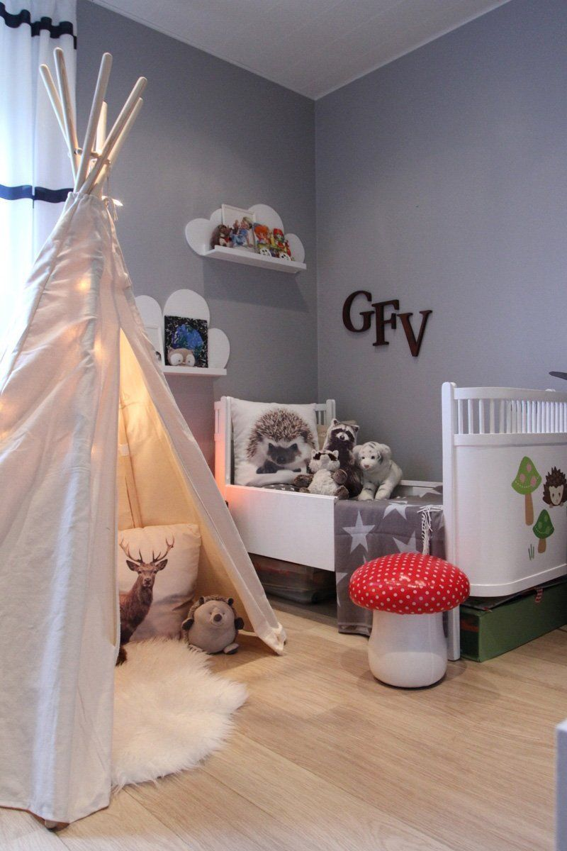 A woodsy bedroom in iceland 3 year old bedroom boy girls bedroom trendy bedroom