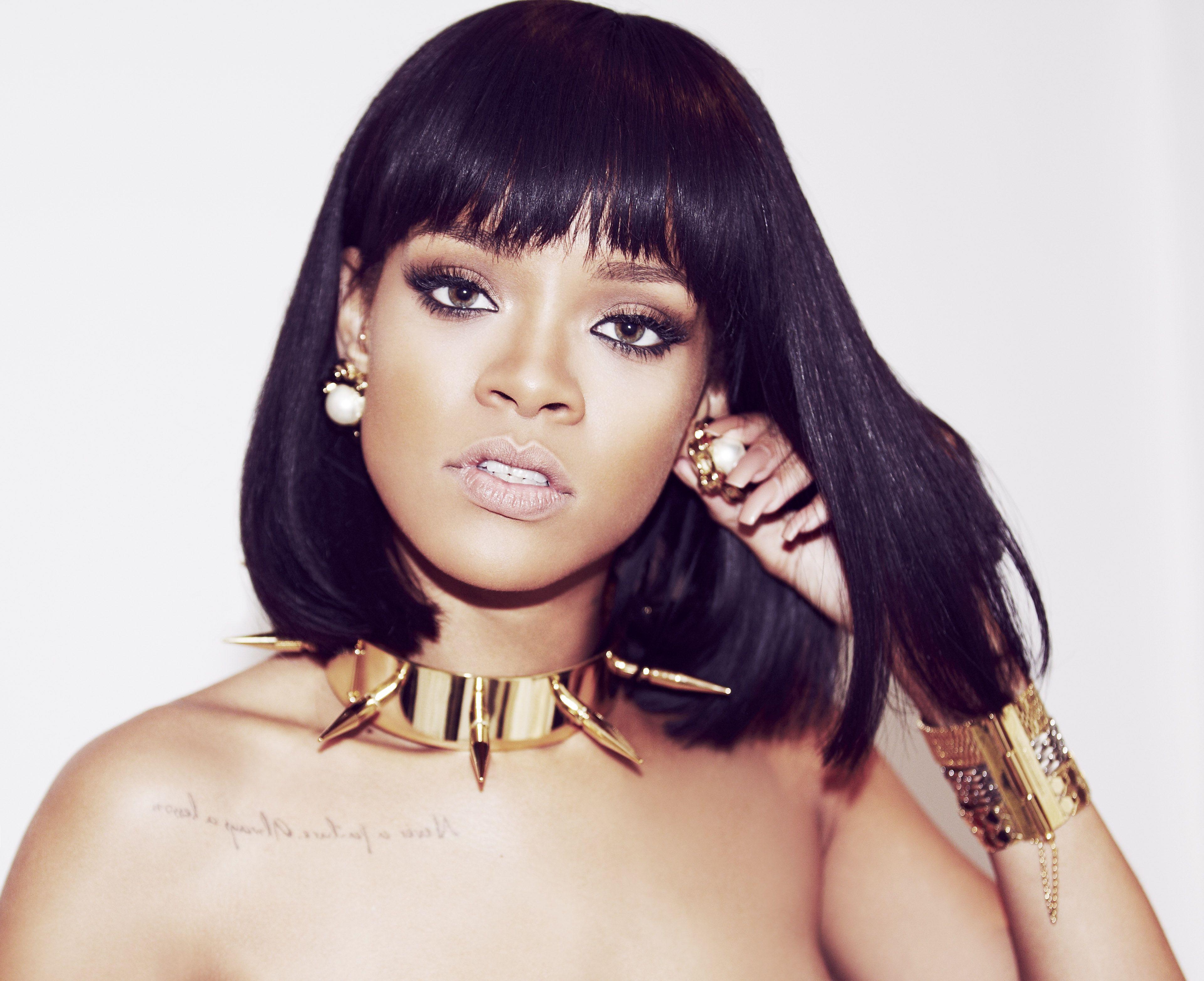 Rihanna révèle 15 secondes de son prochain morceau | Musique | Rihanna, Coiffure rihanna et ...