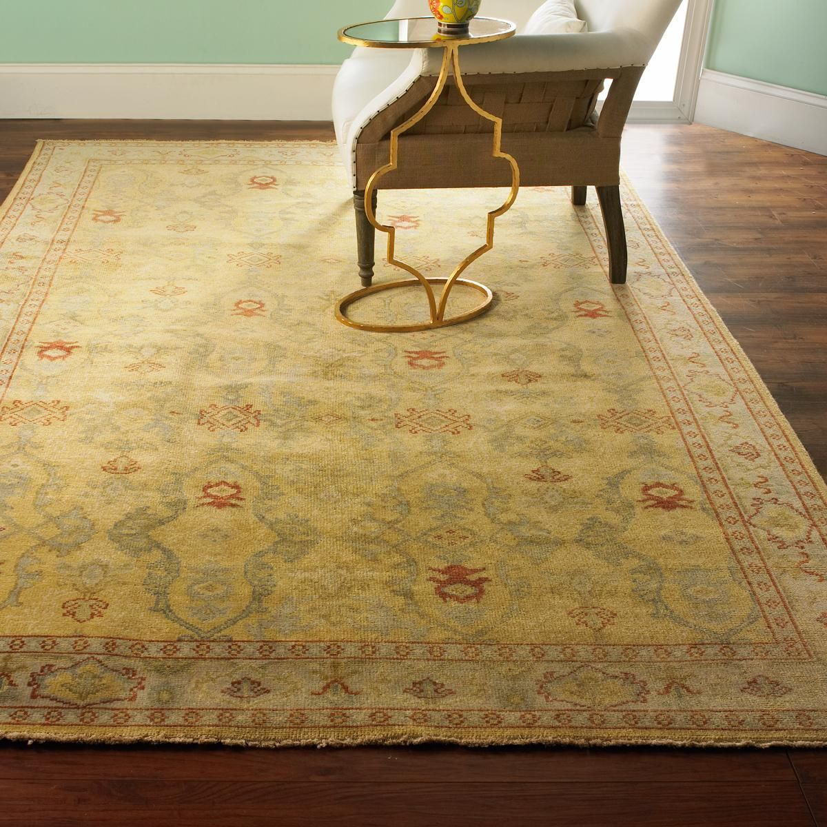 Silky Oushak In Pastel Yellow With Gray Warm Pastels Shimmer In This Silky Wool Oushak Rug With Luxurious Elegance Vintage Inspired Rugs Rugs Vintage Area Rugs