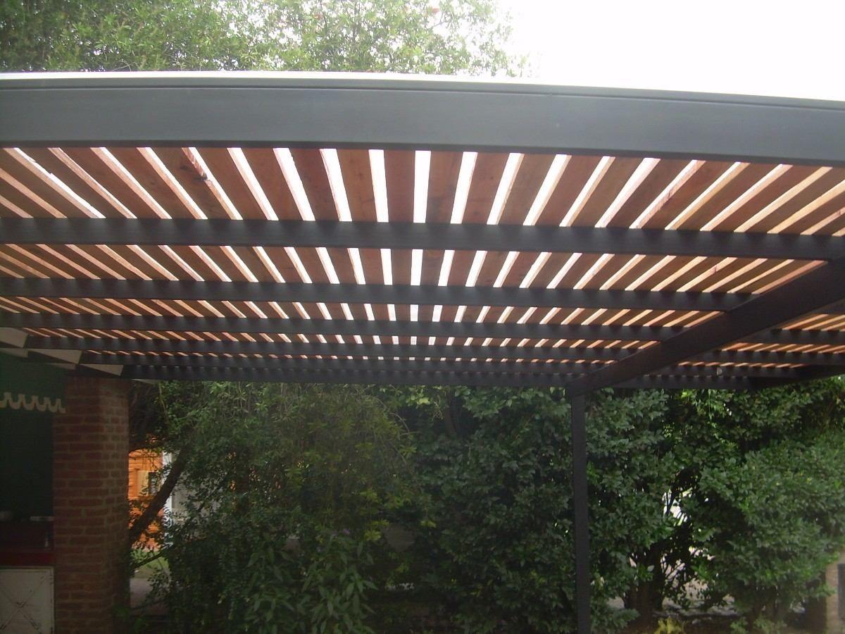 Pergola de hierro madera y policarbonato para dos autos for Cobertizo de madera ideas de disenos