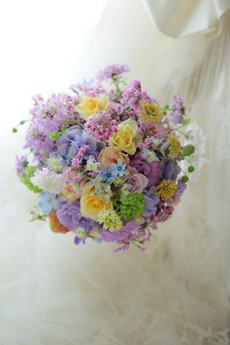 ラウンドブーケ 響品川店様へ 禍福と山谷と苦楽とか : 一会 ウエディングの花