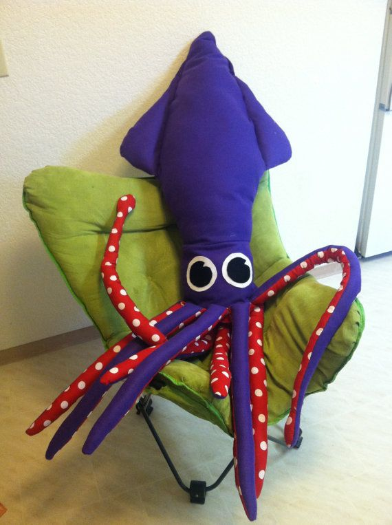 Giant Squid Stuffed Animal Or Pillow By Ariellecrafts On Etsy 75 00 Sewing Stuffed Animals Giant Squid Sea Creatures Crafts