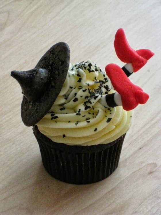 Elegant Halloween Decorations Elegant-halloween-cupcake - elegant halloween decorations