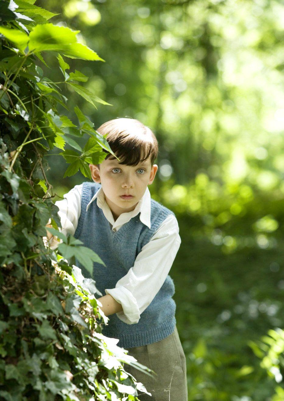Asa Butterfield The Boy In The Striped Pyjamas Ideias De