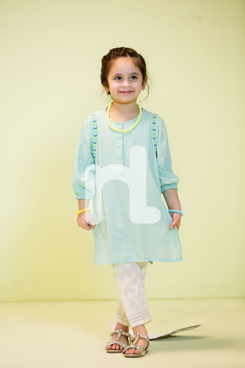 96466a59253d Nishat Linen Kids Summer 2017 Collection With Price | Lil Girls ...