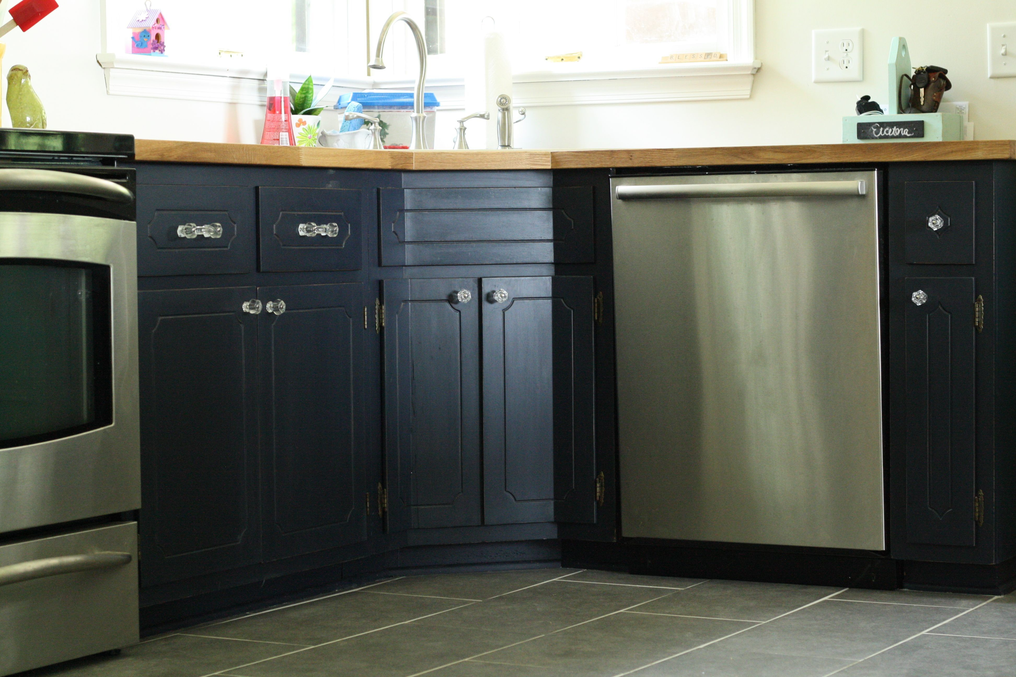 Cassie\'s Painted Kitchen Cabinets with General Finishes Milk Paint ...