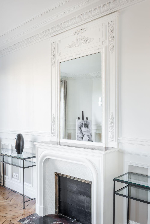 Paris 7 me combo chemin e moulures miroir r novation appartement int rieur home - Deco cheminee interieur ...