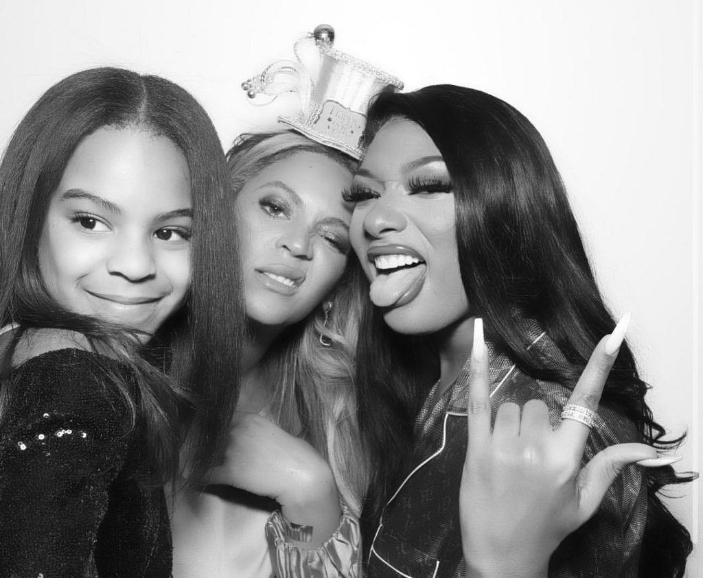 Pin By Beth Hembrey On B E Y O N C E In 2020 Blue Ivy Carter Blue Ivy Beyonce Queen