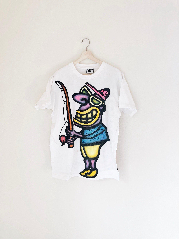 Graffiti fish shirt vtg 90s big print fishing tee vintage cartoon animal tshirt rare lee tag
