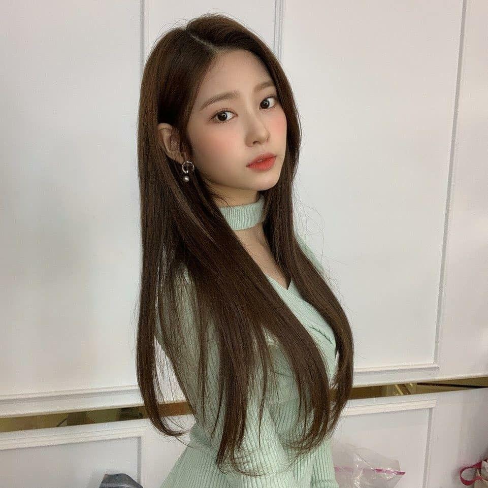 Pin oleh IU Hama di IZONE 아이즈 원 di 2020   Kim, Lee