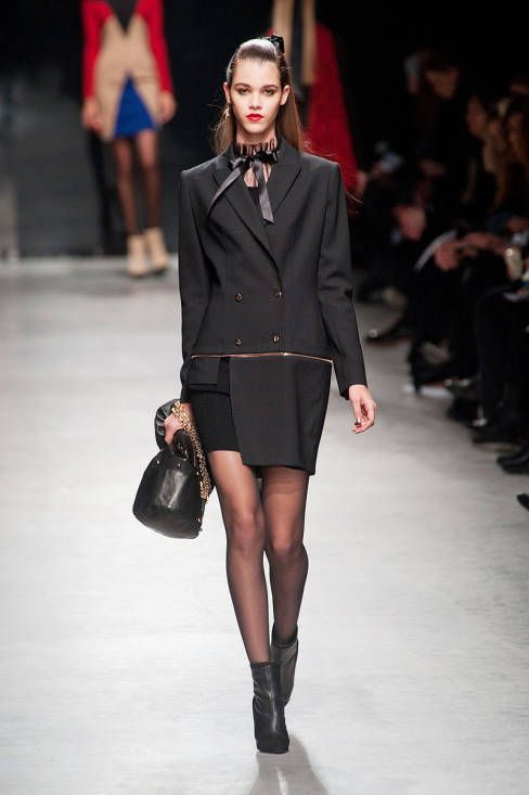 Alexis Mabille Fall 2013 Ready-to-Wear Runway - Alexis Mabille Ready-to-Wear Collection