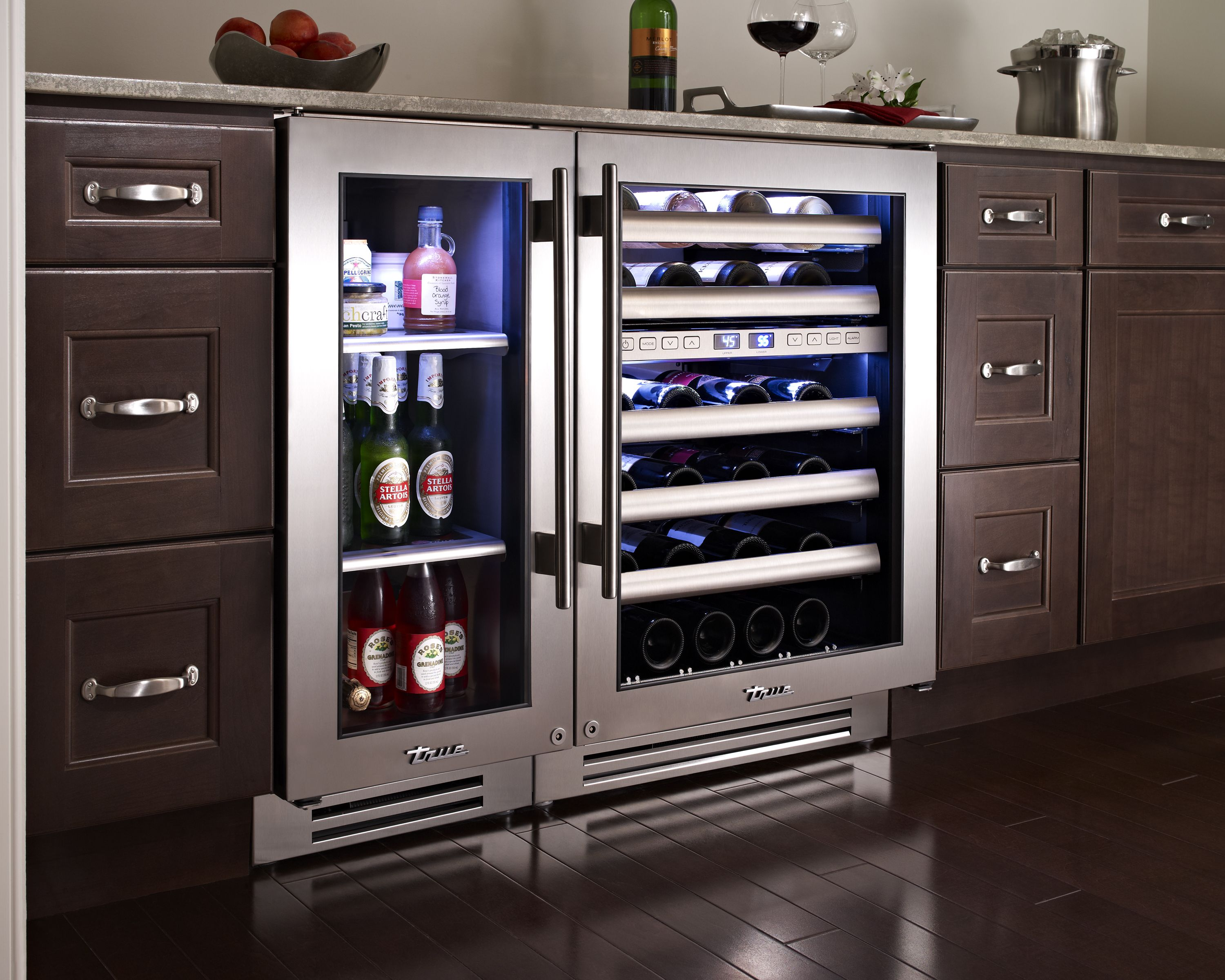 under cabinet wine beverage cooler cabinets matttroy. Black Bedroom Furniture Sets. Home Design Ideas