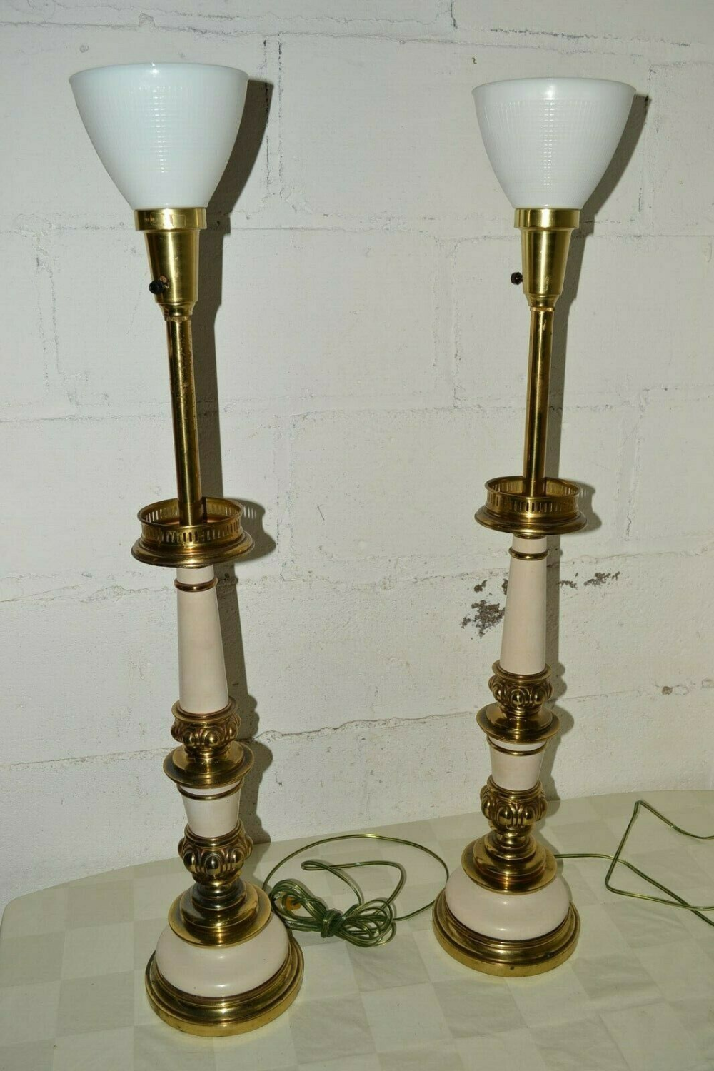 70s Vintage Stiffel Hollywood Regency Mcm Gold White Table Torchiere Lamp Pair Ebay In 2020 Torchiere Lamp Floor Lamp Lighting Lamp