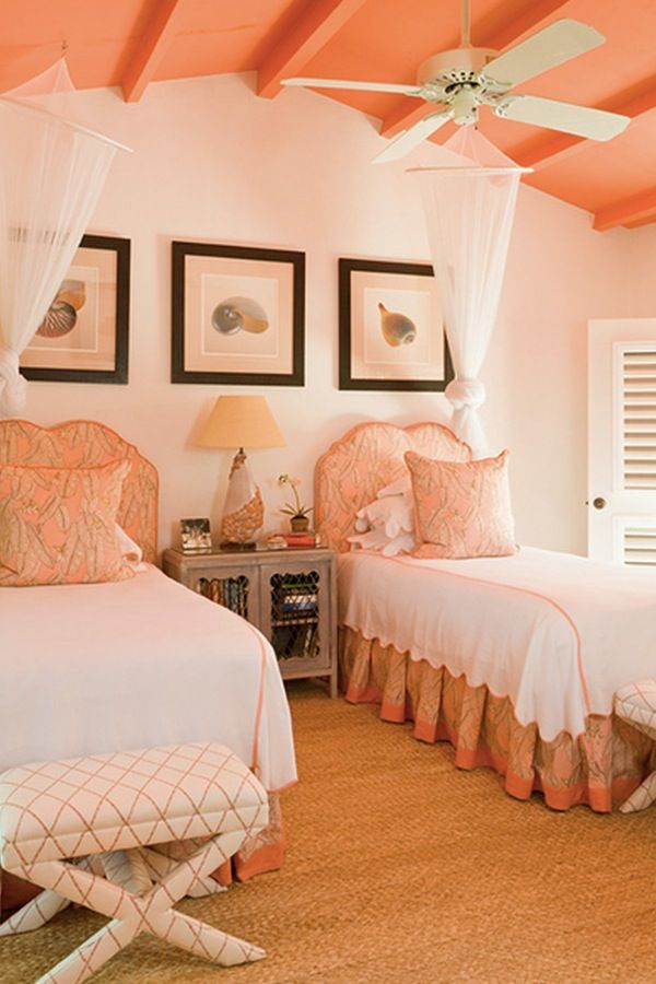 19 Chic Ways to Use Coral in