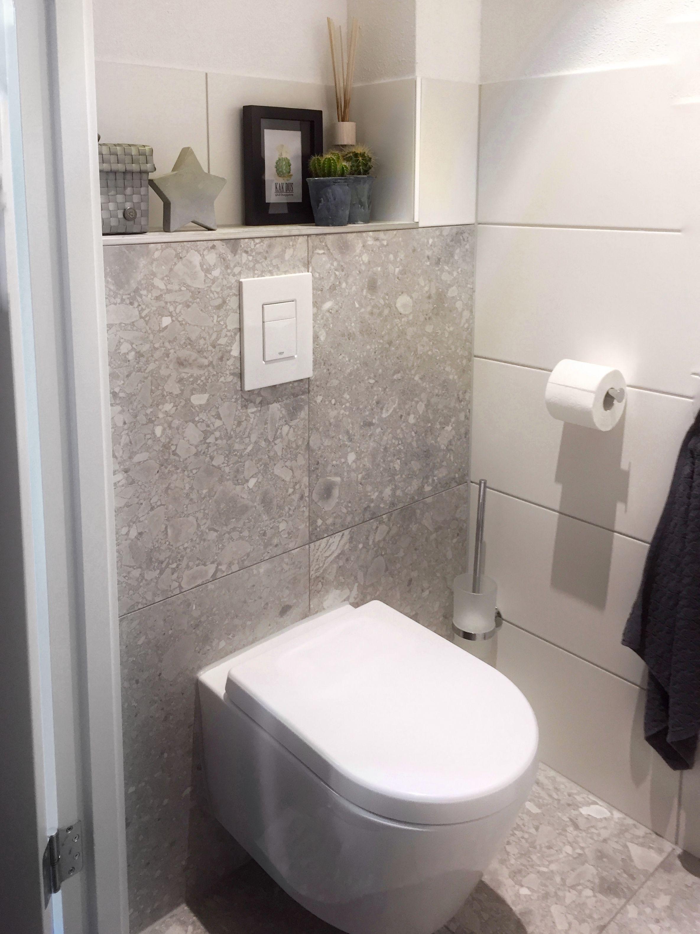 Toilet in thema kaktus  Sobere grijze tinten met fris wit  VTwonen  Composite Light GreyToilet in thema kaktus  Sobere grijze tinten met fris wit  VTwonen  . Light Grey Toilet Seat. Home Design Ideas