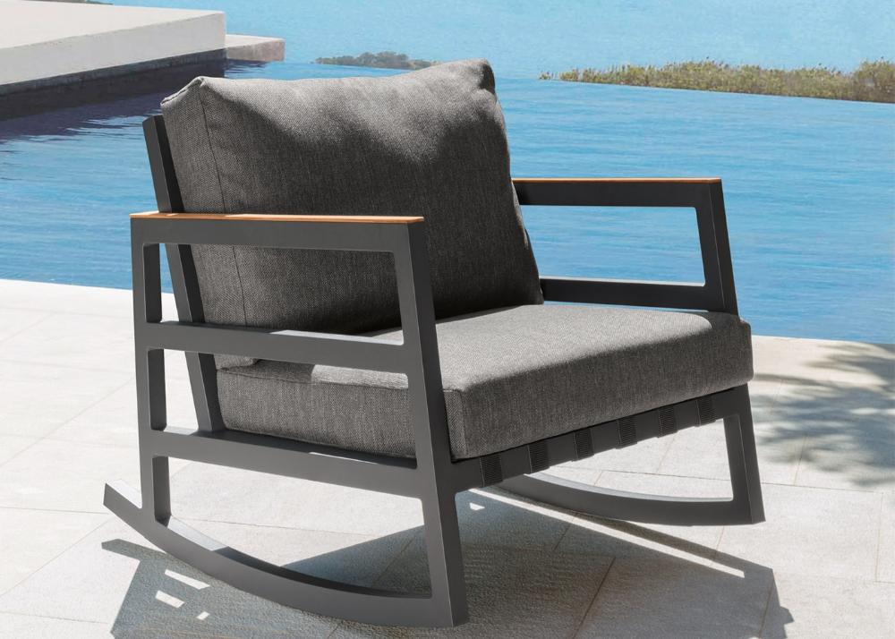 Rocking Chair D Exterieur De Haute Qualite Talenti Chez Ksl Living En 2020 Rocking Chair Canape Jardin Fauteuil Jardin