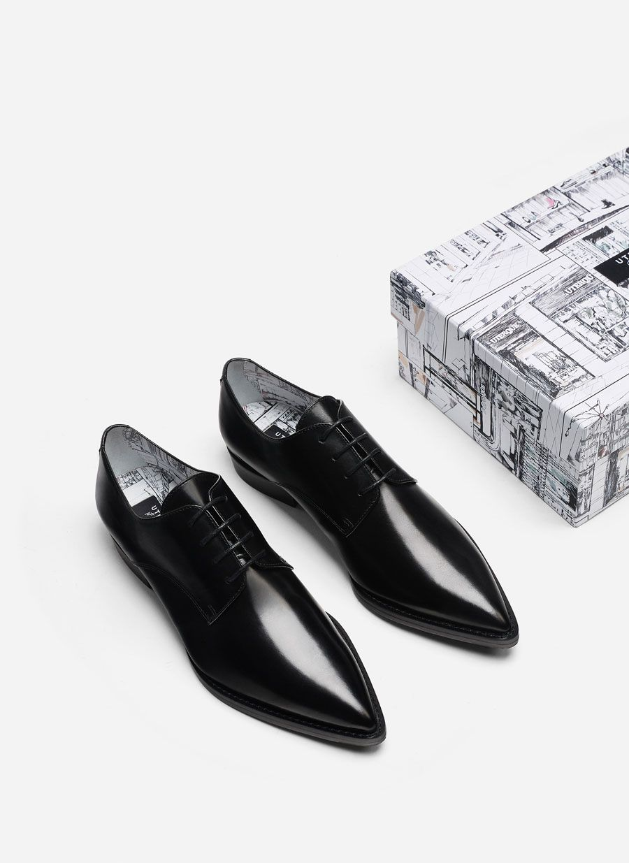 "dce6edc4bfb7 ""Special Edition"" black derby shoes - Wishlist - Uterqüe Hungary. """