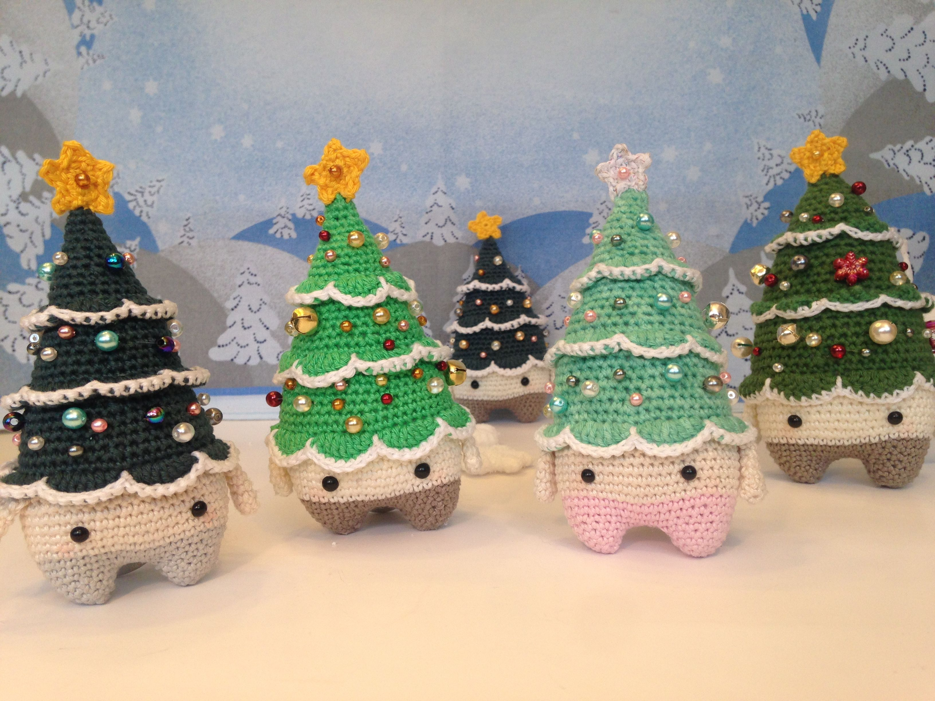 Xaver the christmas tree made by Anna S. / crochet pattern by lalylala