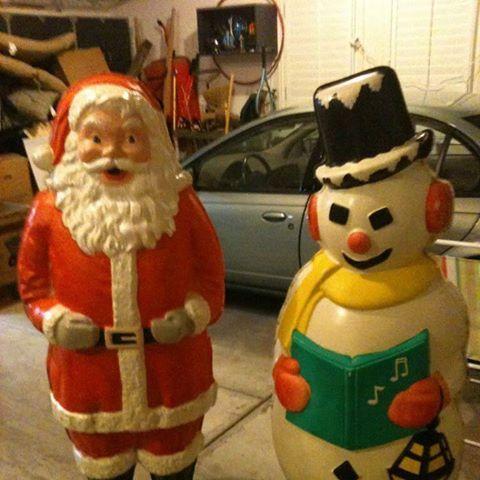 Chicago S Polk Brothers Santas Holiday Decor Christmas Cheer Santa