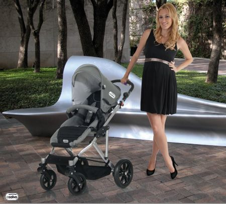 Un 10 para Carolina Cerezuela y su elección de silla de paseo para sus bebés.  Ahora Trío de silla de paseo, auto y capazo de todos los colores al 50% de descuento solo en MiraMami