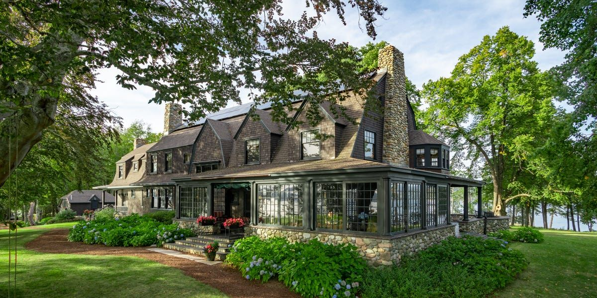 The Perfect Hideaway Located On An Island In Maine Is For Sale Business Insider In 2020 Old Cottage Southwest Harbor Waterfront Homes