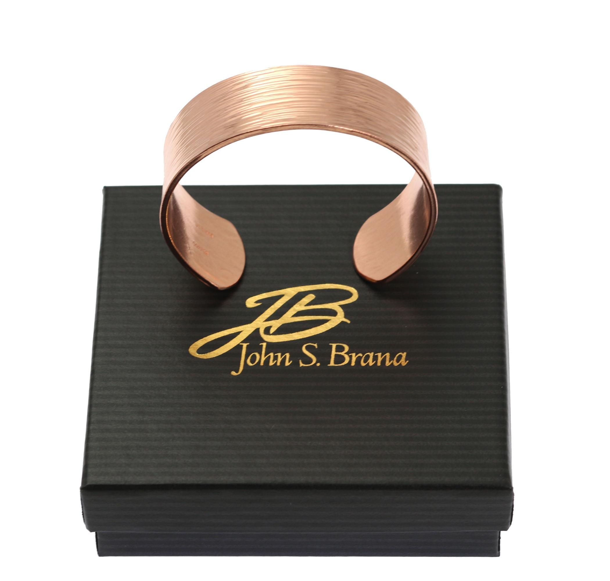 New Elegant Chased Copper Cuff Bracelet Offered by #AmazonHandmade #7thAnniversary http://www.amazon.com/dp/B01B9YY254