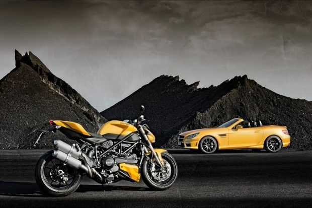 Mercedes Benz Slk 55 Amg And Ducati Streetfighter 848 Highlight