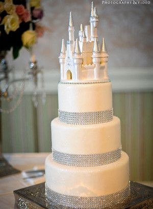 6 New Wedding Cakes Trends For 2013 And 2014 Weddings Wedding - Wedding Cakes 2014