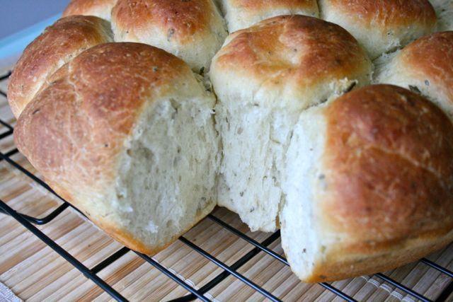 Garlic Rosemary Yeast Rolls