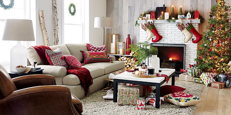 Crate and Barrel Christmas Living room decor country