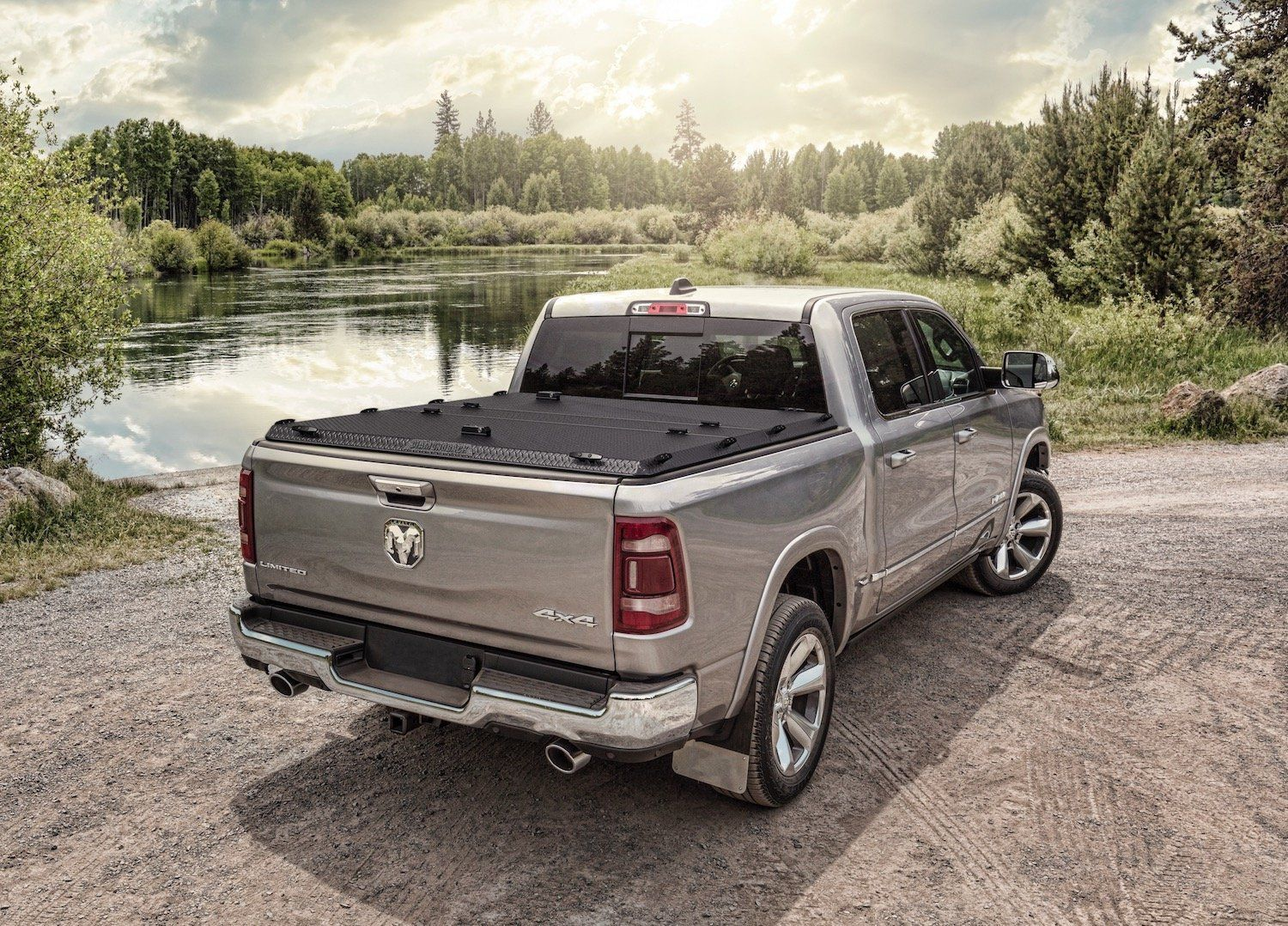 The best heavyduty hard tonneau covers built in the USA