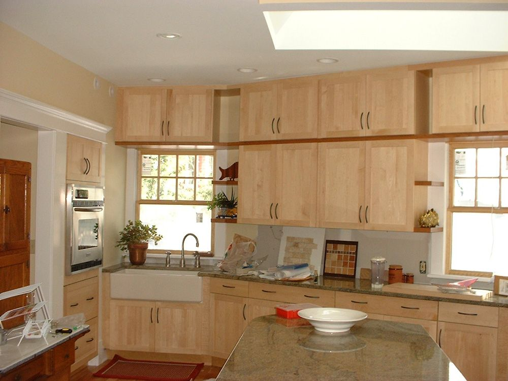 Shaker Cabinets in Natural Maple, for kitchen | Maple ... on Natural Maple Cabinets With Black Granite Countertops  id=98729