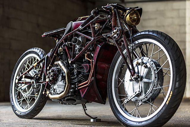 Ducati 900SS 'tifón' – motocicletas viejo imperio