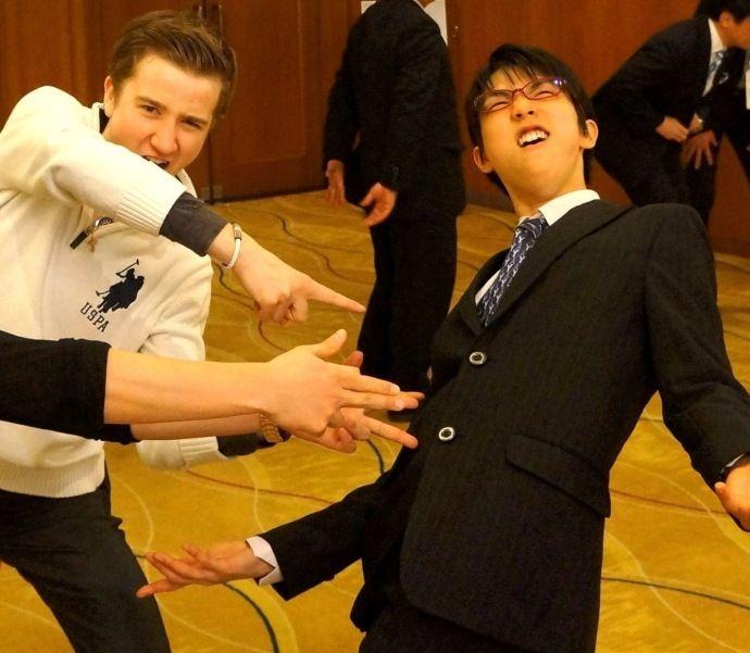 Misha Ge and Yuzuru Hanyu. from Misha Ge official weibo. Yuzuru HANYU 羽生結弦