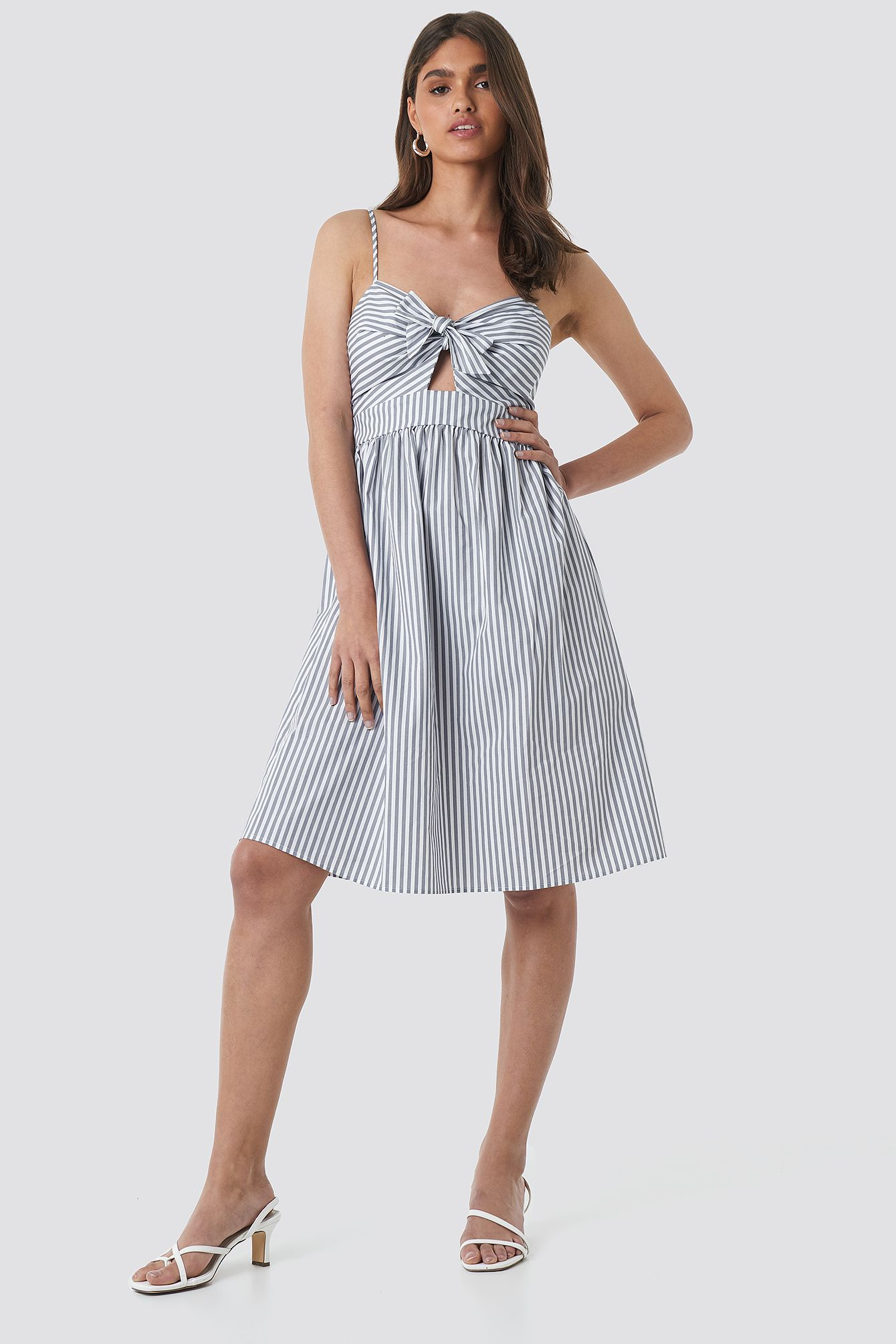Front Knot Midi Dress in 2020 | Midikleider, Neues kleid ...