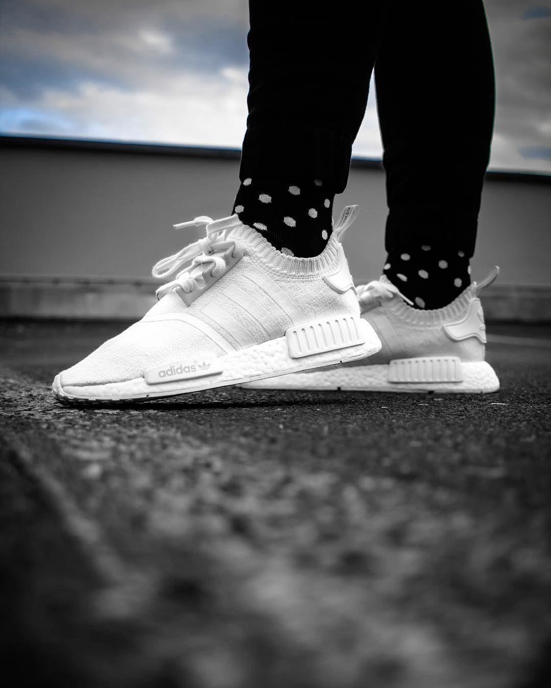 Adidas Nmd R1 Primeknit Triple White Sneakers Fashion Happy Socks Winter Outfits