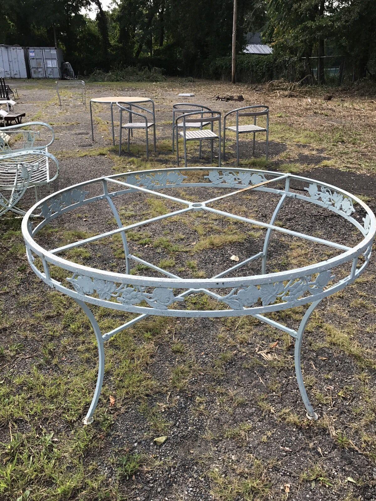 Vintage Salterni Wrought Iron Round Patio Table 99 00 Round